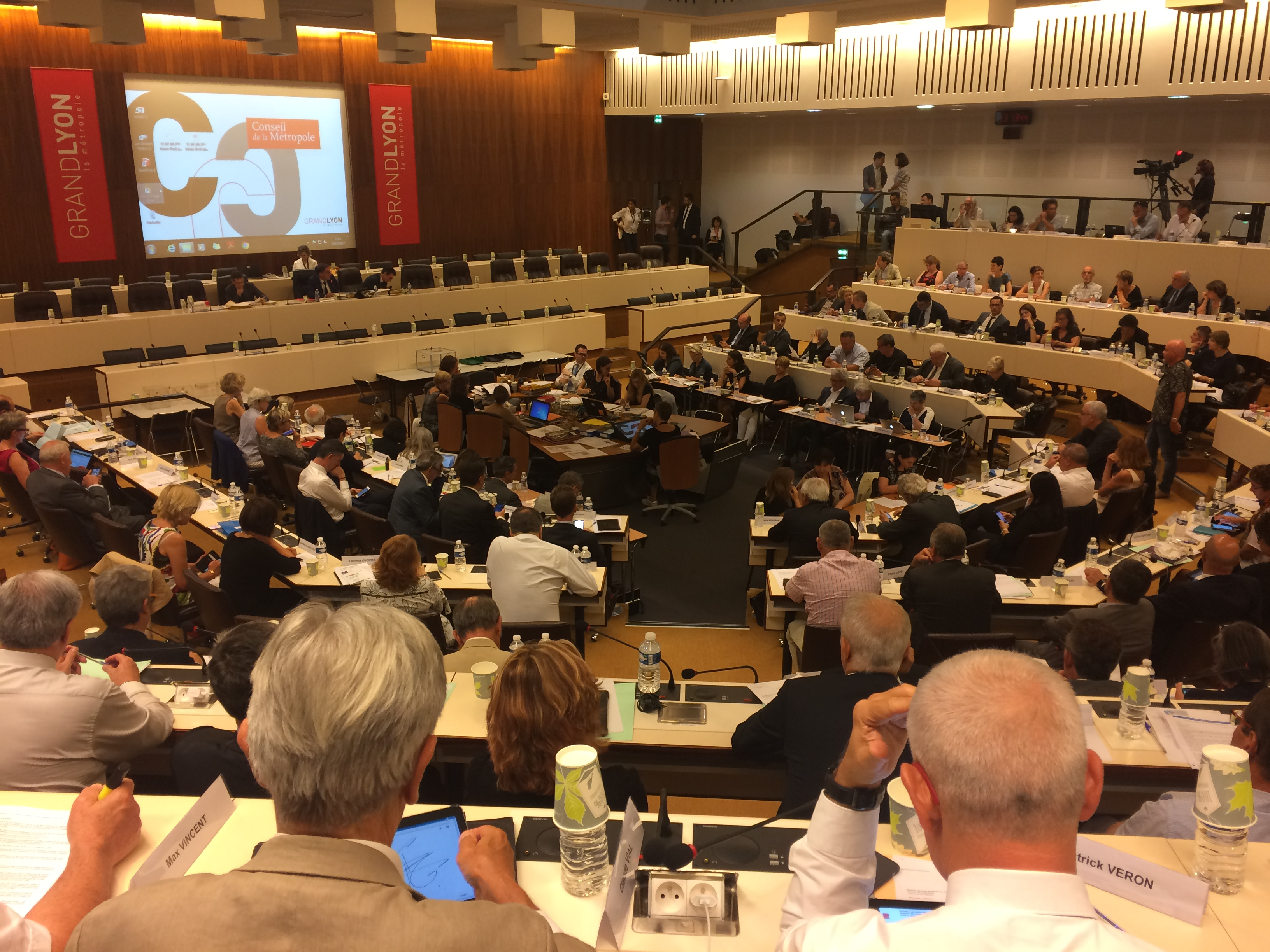 La commission permanente restera de fait un bureau de la majorité
